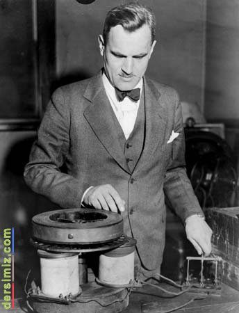 ARTHUR HOLLY COMPTON KİMDİR?